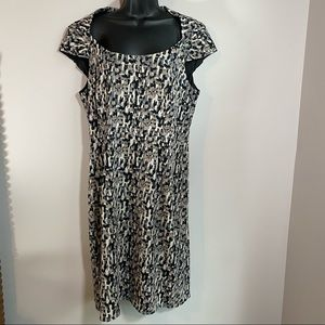 Ann Taylor Cap Sleeve Shift Dress, Size 14